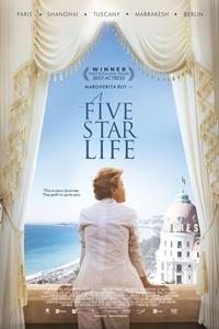 A Five Star Life (Viaggio sola) Poster