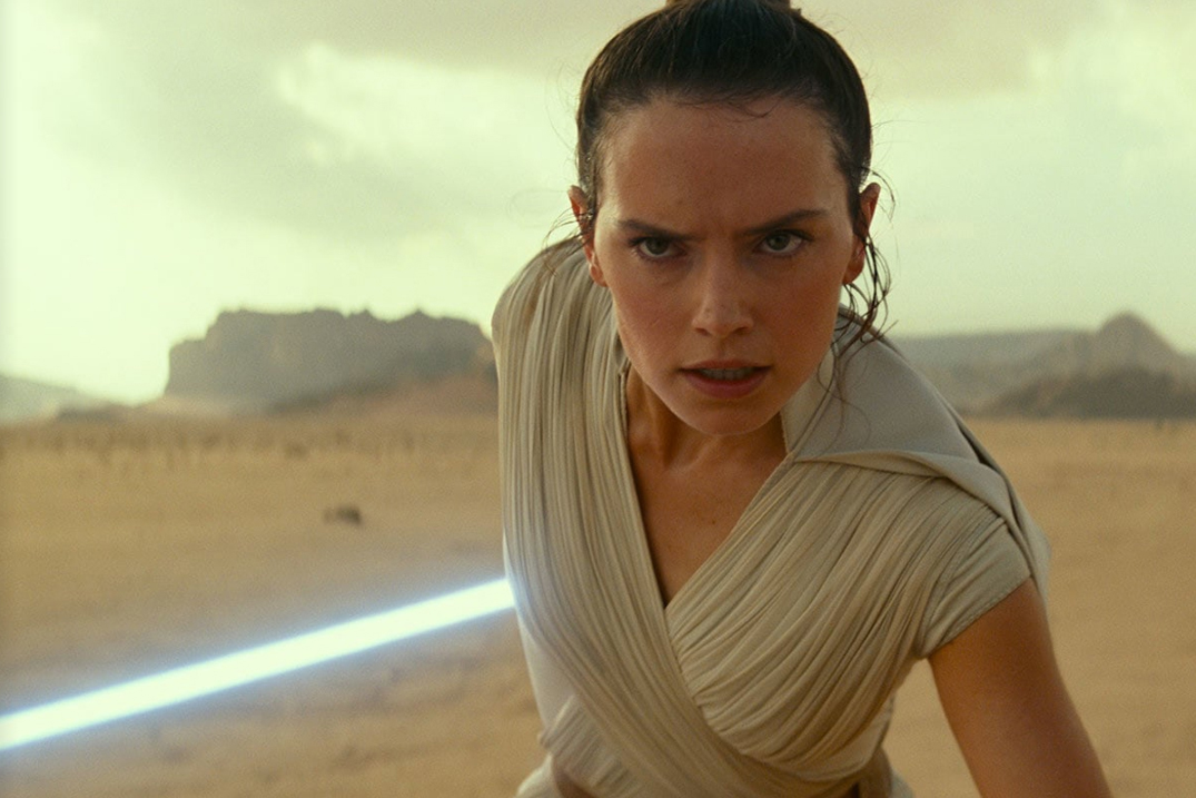 Still 10 for Star Wars: The Rise Of Skywalker