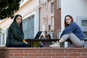 Booksmart cast photo
