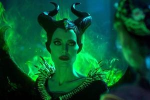 Maleficent: Mistress of Evil cast photo