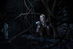 Still of Crawl