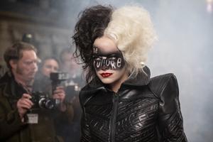 Cruella cast photo