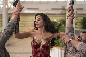 Wonder Woman 1984: The IMAX Experience Still 9