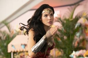 Wonder Woman 1984: The IMAX Experience Still 13