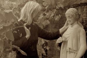 Trailer Thumbnail for Marianne & Leonard: Words of Love