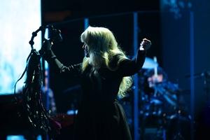 Stevie Nicks 24 Karat Gold The Concert Still 3